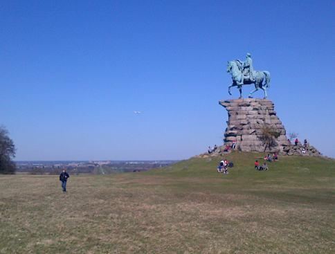 Statue of George III